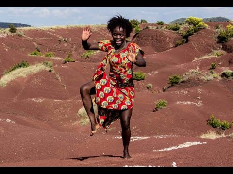 Saly Danse Diedhiou & Harouna Dembélé (Danse Afro Montpellier 2015) Mali dance