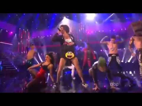LMFAO - I`m sexy and I know it live - AMA 2011