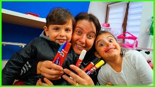 YANKI RÜYA VE ÖZLEM YÜZ BOYAMASI YAPTILAR l Easy Facing Painting For Kids