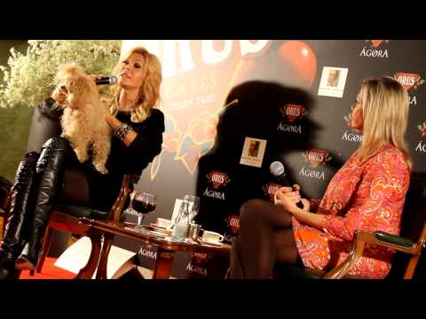 BIBIANA FERNANDEZ & EL AMOR Interview en Zaragoza