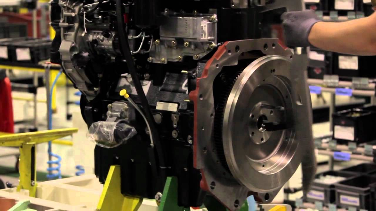 engine transmission assembly massey ferguson manufacturing facility beauvais france youtube [ 1280 x 720 Pixel ]