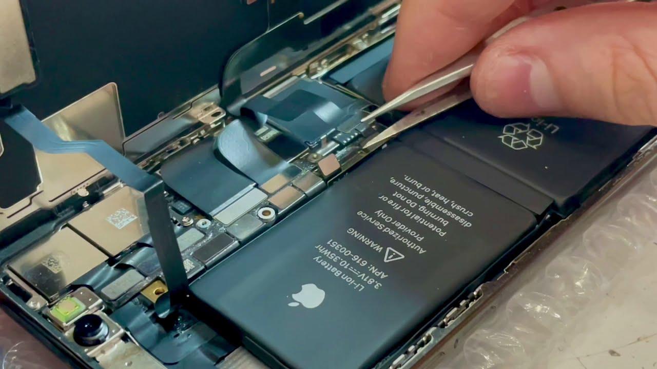 Заменить стекло iPhone 10 в Тюмени