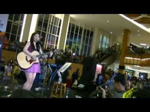 Baby Justin Bieber Sabrina Love Acoustic Orial Live In Indonesia On March Th  By Leo
