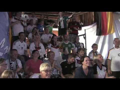 Public Viewing in Engelhelms und der WM-Walker - www.osthessen-zeitung.de