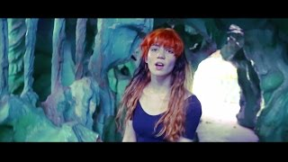 Repeat youtube video Grimes - REALiTi