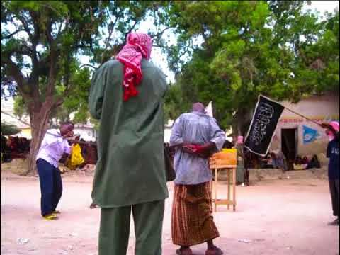 Download Al Shabaab oo 100 Jeydal ku dhufatay Nin Haweenay waayeel ah kufsaday