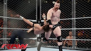 Dean Ambrose vs. Sheamus - Steel Cage Match: Raw, December 21, 2015 thumbnail