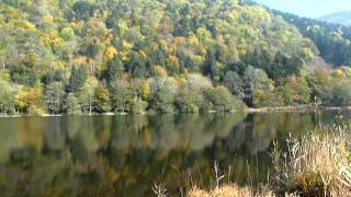 SEWEN - vue générale du lac en automne -