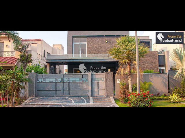 1 Kanal Spanish Designed Villa For Sale - Sector D