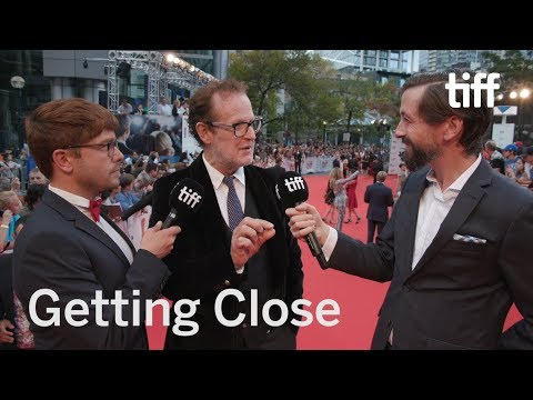 Glenn Close Makes an Impression on Björn Runge | TIFF 2017 Mp3