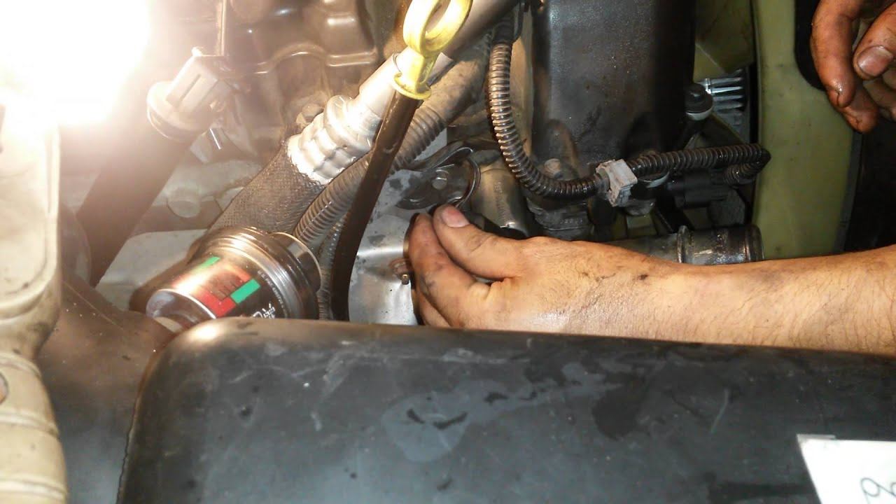 How To Clean The Camshaft In A Trailblazer Youtube