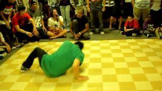 Zach Veezy vs Choboi