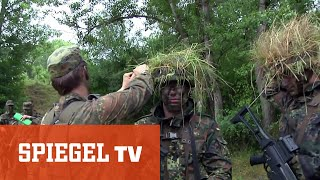 """Rekruten bei der Bundeswehr: """"Die Augeeeeen links!"""" (Doku Teil 2)"""