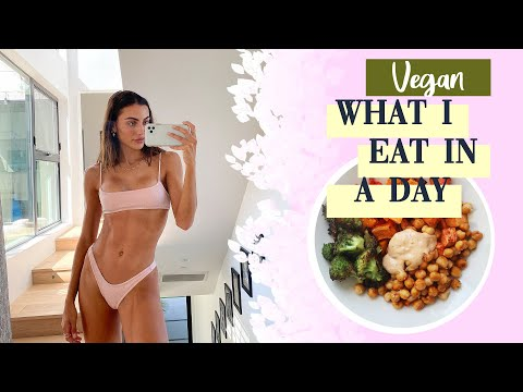 Vegan What I Eat In A Day  // Plant Based Challenge + My Recipes // Sami Clarke