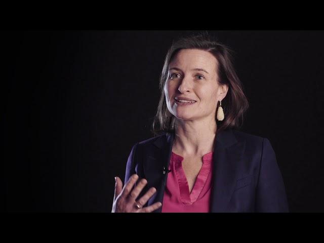 Minicollege: Sabine Oberhuber over de weeffouten in ons economisch systeem