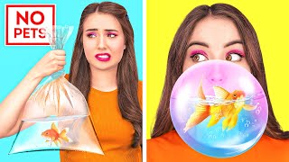 Download HOW TO SNEAK ANYTHING ANYWHERE || Crazy Hack To Sneak Pets, Food, Makeup And Phone By 123 GO Like!