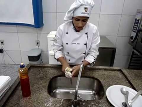 Higieniza o dos utens lios e equipamentos youtube for Utensilios de restaurante