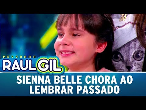 Sienna Belle Chora Ao Lembrar Passado | Programa Raul Gil (26/08/17)