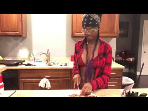 Cooking with Coco Bunni: Taco Tuesday