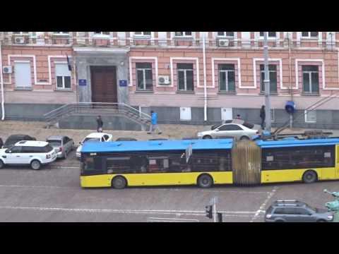 Buses and Trolleybuses in Kiev, Ukraine 2017 Троллейбусы и Автобусы в Киеве