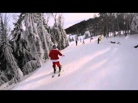 Skiing Santa At Snowshoe WV On Whistlepunk Trail