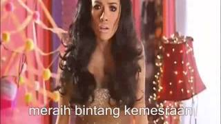 Mau Maunya song by Nikita Mirzani (video clip)