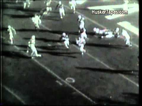 1963 Nebraska vs Kansas: Gale Sayers 99 yd run