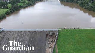 Dam at Whaley Bridge in Peak District threatens to burst