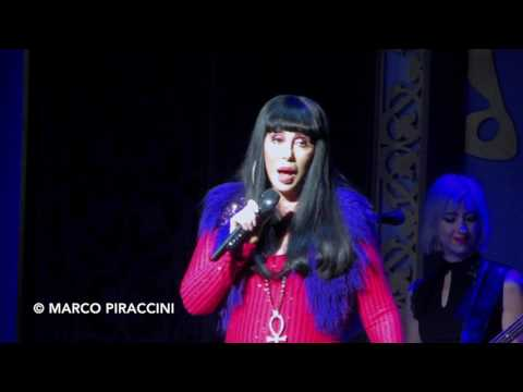 """CHER: """"I Got You Babe"""" live with Sonny Bono in Washington DC - Classic Cher"""