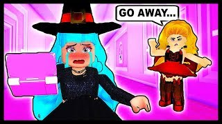 ITS MY FIRST DAY OF COLLEGE & EVERYONE HATES ME!⭐ Roblox Star Sorority [CARNIVAL!] ⭐ Roblox Roleplay