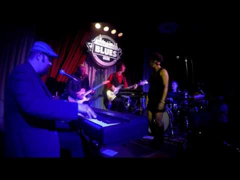 """James & Black - """"Outta My Head"""" live at the Friday Night Blues Club - Bologna IT"""
