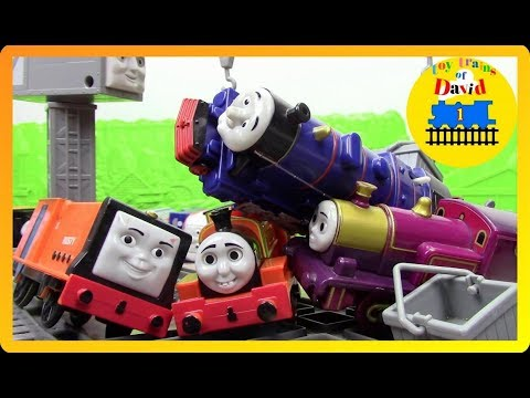 DEMOLITION DERBY|THOMAS AND FRIENDS TRACKMASTER LAST ENGINE STANDING #27 Toy Trains for Kids