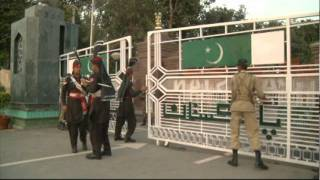 Pakistan-India border guards perform dance off near Lahore