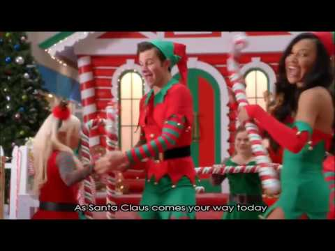 Glee - Here Comes Santa Claus (Full Performance with Lyrics)