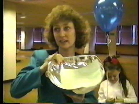 1992 OPCEN retirement party - gift presentations