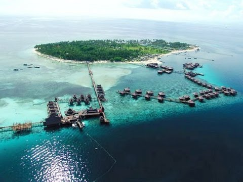 Arriving at Mabul Island, Celebes Sea (Coral Triangle)