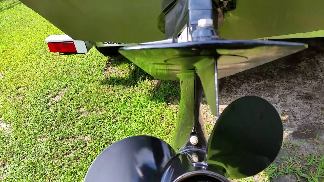 small resolution of adjusting the trim tab fin on a 50 horse mercury tiller drive