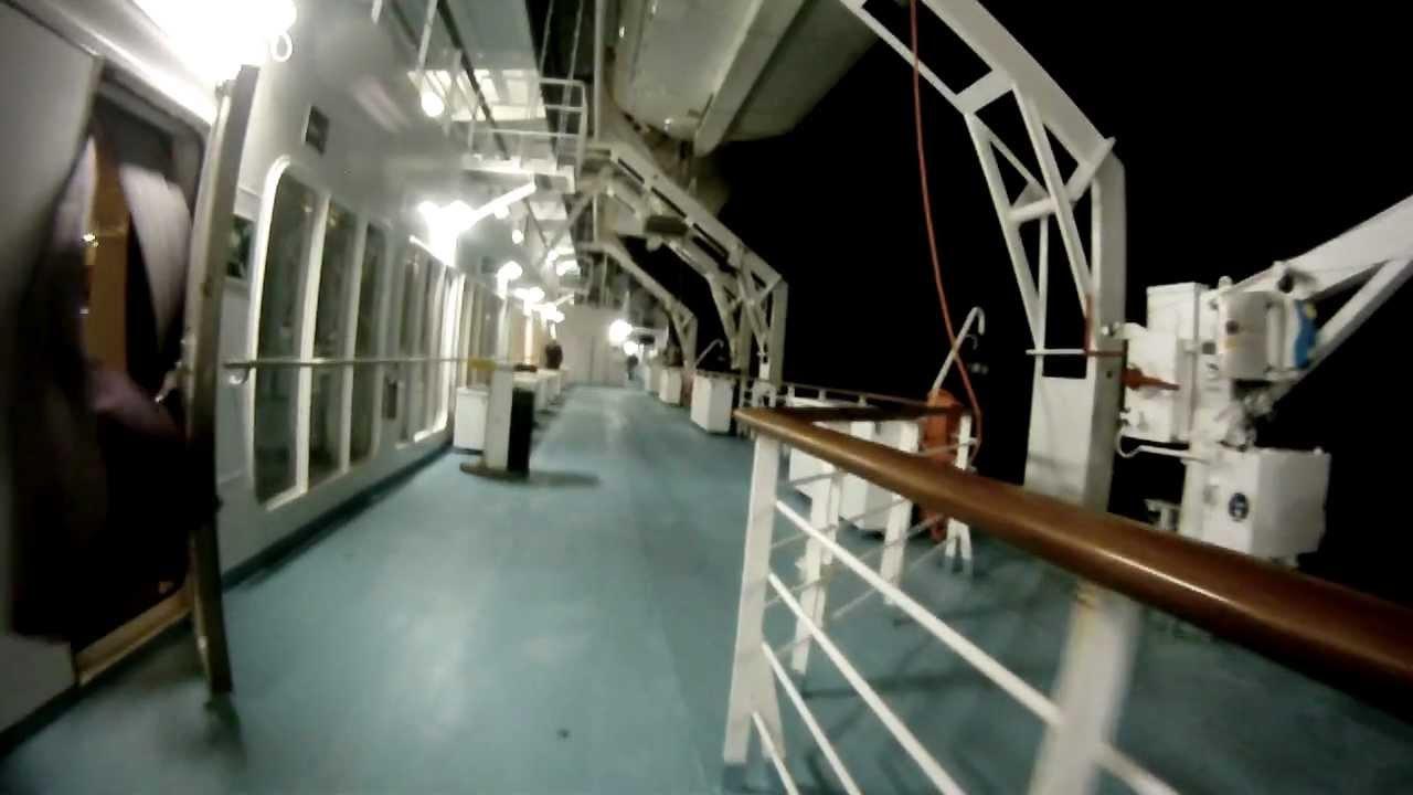 Mega express 1 corsica ferries youtube for Mega express 2 piscine