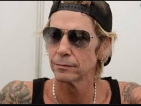 Guns N' Roses  Duff McKagan Discusses Izzy Stradlin's Absence From the Reunion