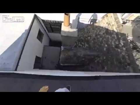Нереально крутой паркур по крышам домов
