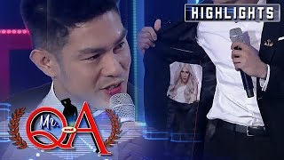 Ion shows off his customized Vice Ganda outfit | It's Showtime Mr Q and A
