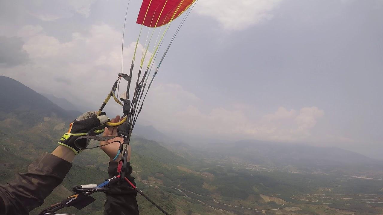 Paragliding Takeoff: Khanh Vinh