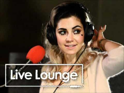 Marina and the Diamonds - Live Radio 1 Live Lounge (18/04/2012)