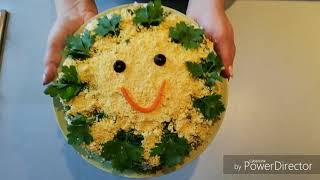 """Салат""""Солнечный"""". Нежный и вкусный салат с курицей и сухариками."""