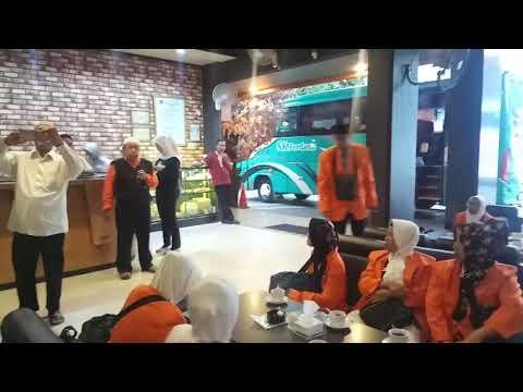 PEMBIMBING IBADAH UMROH DALLAS TOUR & TRAVEL H  USTAD KAMALUDIN.