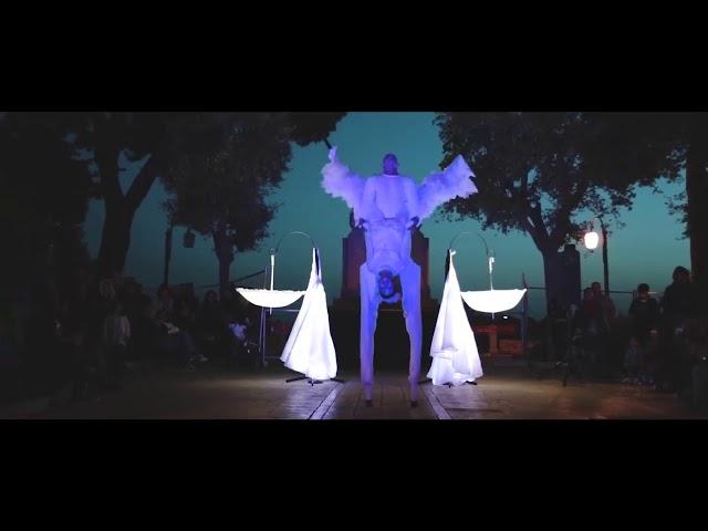 Spettacolo trampoli matrimonio - Artisti di strada Puglia e Sud Italia