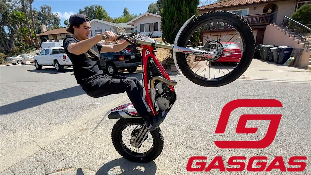 Factory GASGAS Bike Work - Buttery Vlogs Ep94
