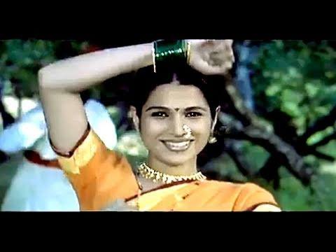 Phulnara Mausam - Bharat Jadhav, Mrunmayee Lagoo, Mukkam Post London Song