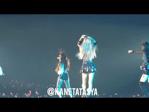 BLACKPINK TOUR JAKARTA ( Day 2 ) - BOOMBAYAH - LOOK AT THEIR