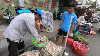 SÀI GÒN #13: Khám phá Chợ HÒA BÌNH Quận 5 TPHCM | Hoa Binh Market